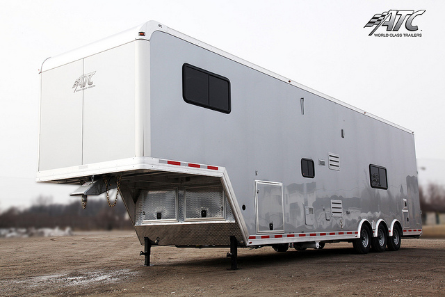 Stacker Trailer With Living Quarters Mo Great Dane