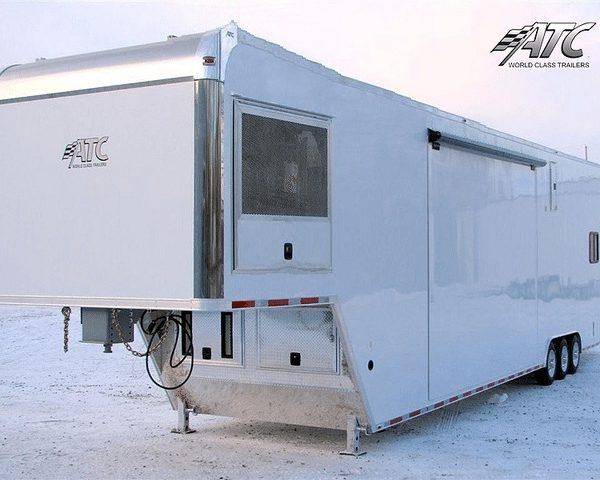 Custom Mobile Medical Trailers | MO Great Dane trailers