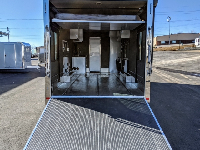 In-Stock ,700 - 28' Car Hauler w/ Living Quarters