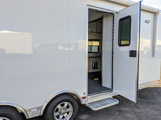 24 ft Mobile Medical Trailer for Sale, MO Great Dane, Custom Trailers