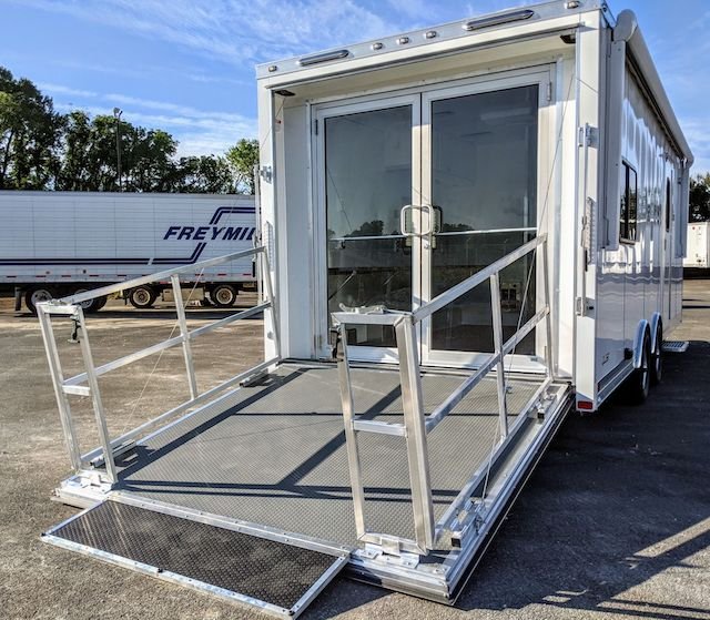 24 ft Mobile Medical Trailer for Sale