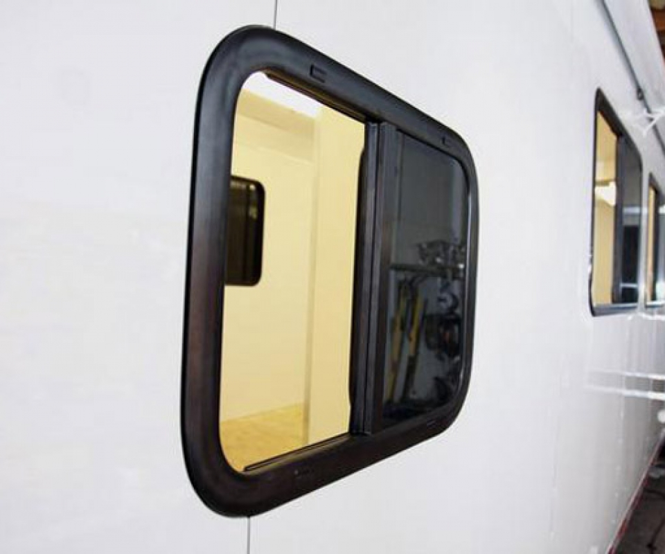 Windows, Vents, Custom Trailer, Options