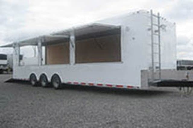 Custom Trailers, Mobile Marketing, 32ft, Vending, Product Display