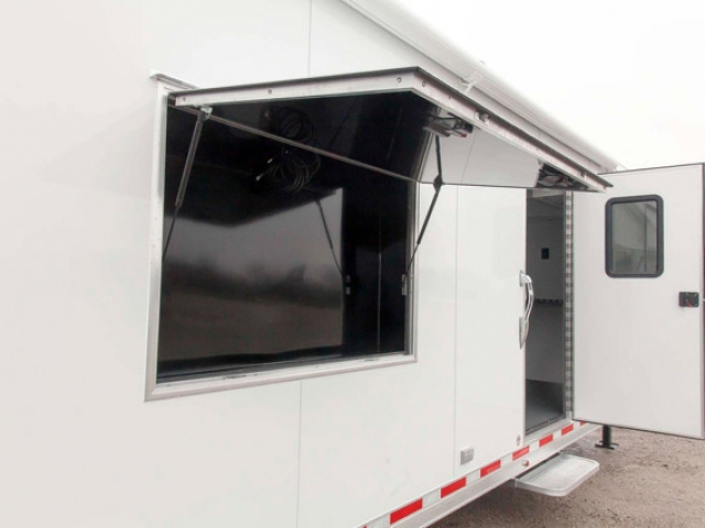 Custom Trailers, Gooseneck, 44ft, Enclosed