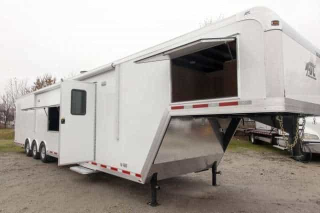 44' 5th Wheel Enclosed Gooseneck Trailer