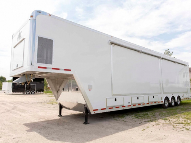 Custom Trailerse, Mobile Marketing, 48ft, Showroom