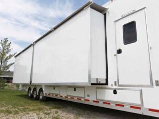 Custom Trailerse, Mobile Marketing, 48ft, Showroom