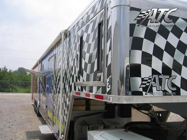 Custom Trailers, Simulation, Mobile, Marketing, Simulator