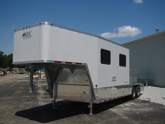 Custom Trailers, Oil, Gas, Offroad, Gooseneck