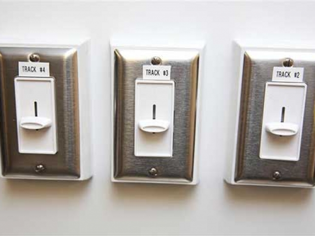 Dimmer Switch, Voltage, Custom Trailer Options