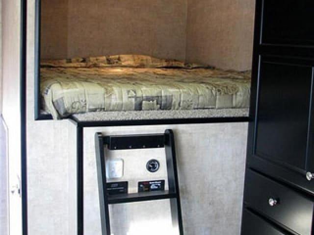 Bed, Gooseneck, 5th Wheel, Custom Trailer, Options