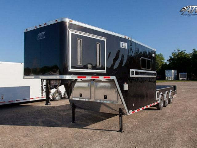 Custom Trailers, Fiber Optic, Gooseneck
