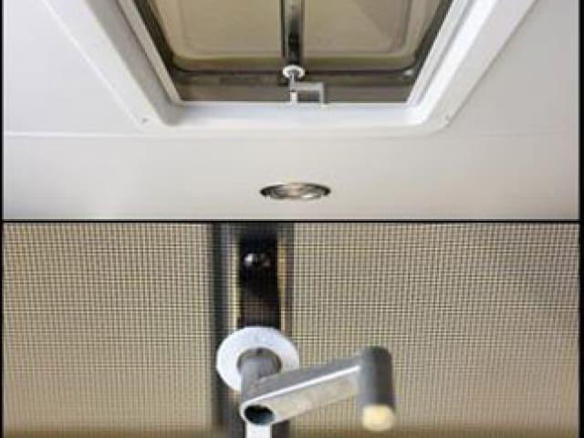 Manual Roof Vent, Windows, Vents, Custom Trailer, Options