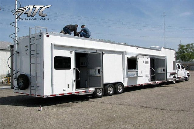 Command Post Trailer w/ Light Tower
